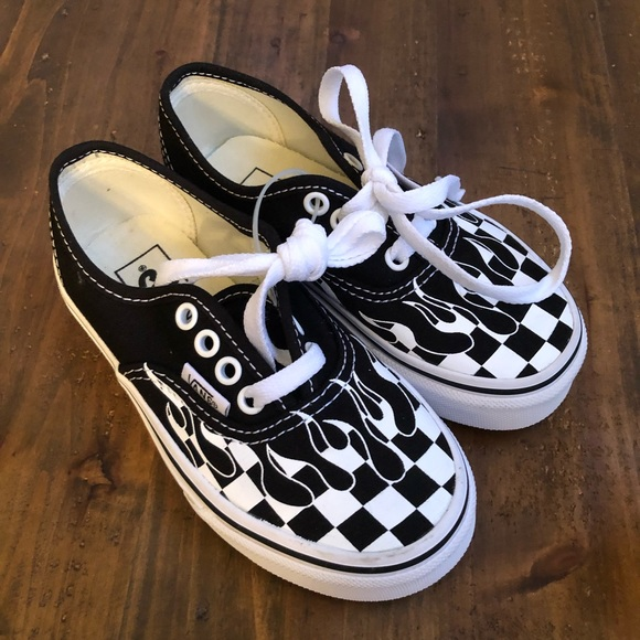 Vans Authentic Checkerboard Flame Schwarz & Weiß Skate
